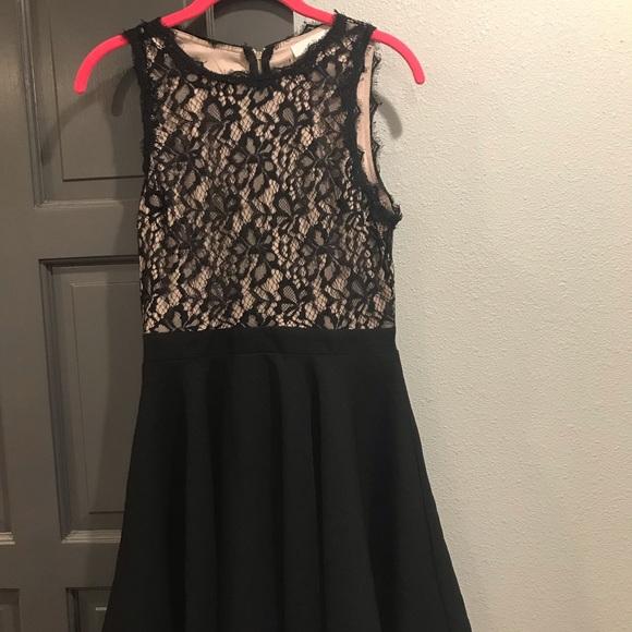 Francesca's Collections Dresses & Skirts - Francesca's Fit & Flare Lace Black Dress